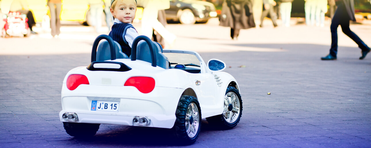10 Best Mini Electric Cars for Kids