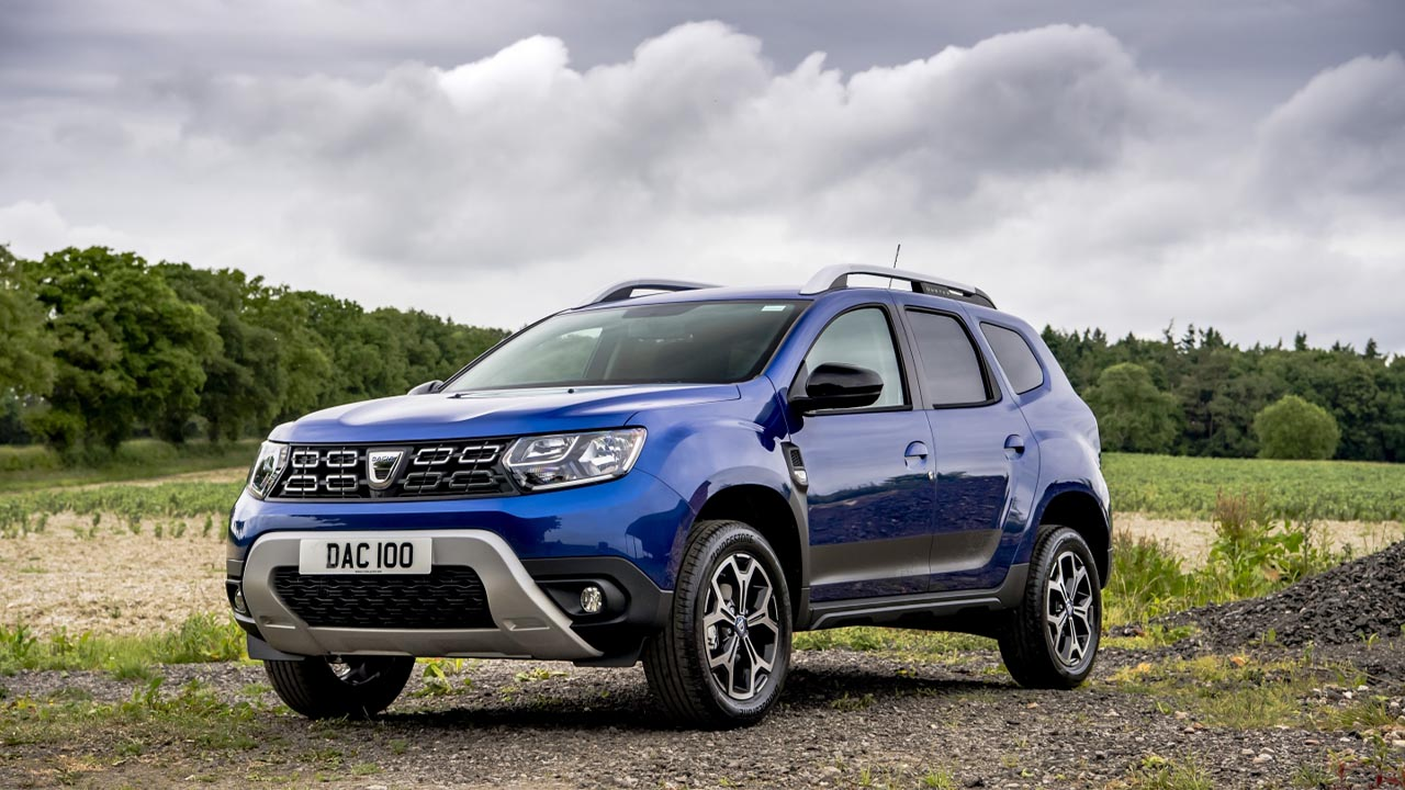 dacia duster, front, parked