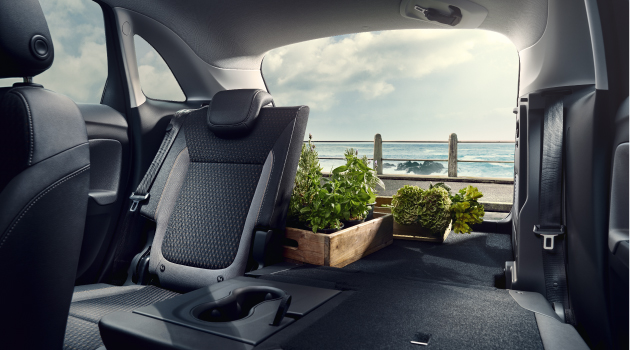 Vauxhall Crossland X Rear Seats and Boot