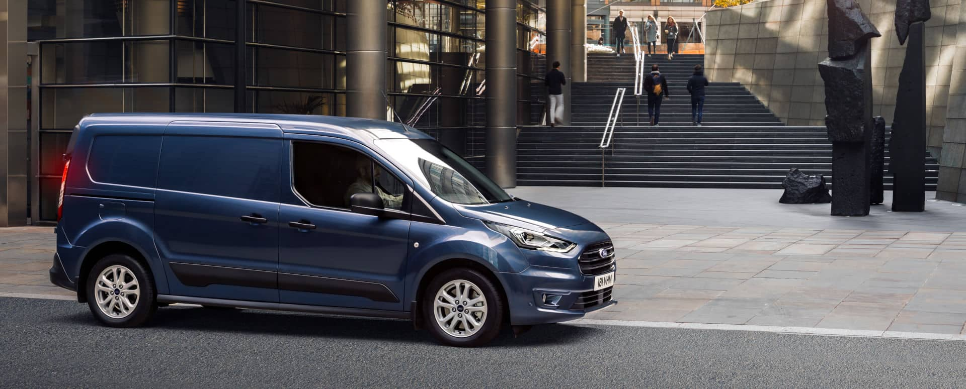 Ford Transit Connect Double Cab-in-Van