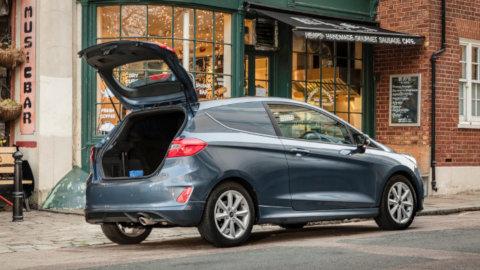 Ford Fiesta Van: Tailgate Open