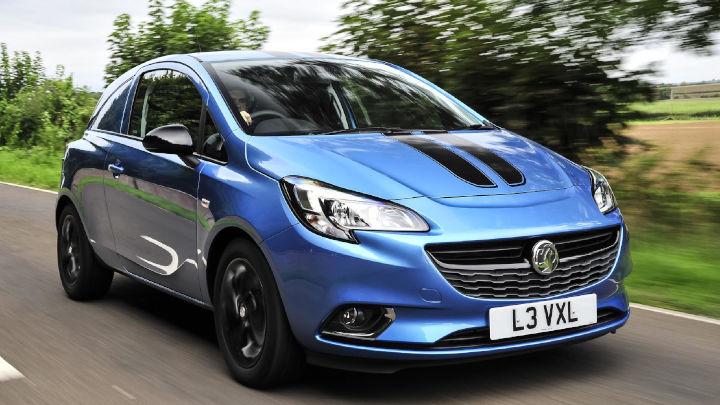 Vauxhall Corsavan: Driving