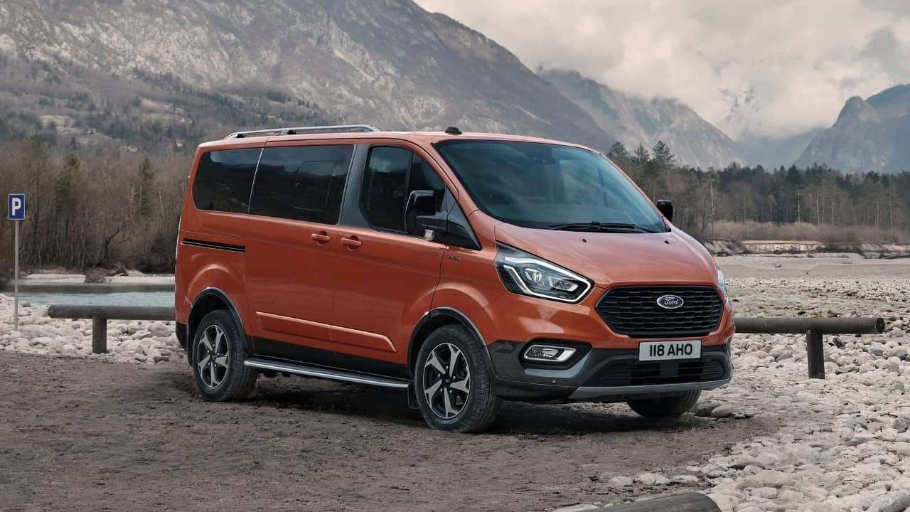 Ford Tourneo Custom Active - 8 Seater