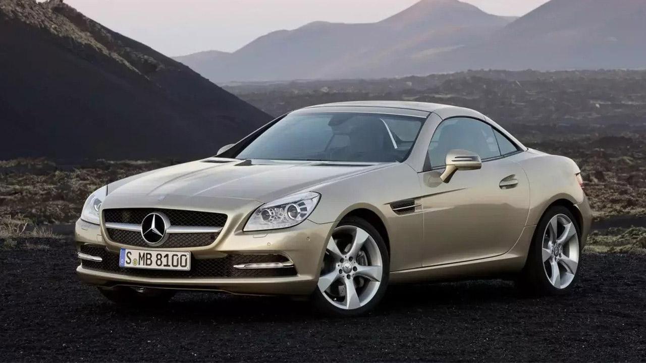 Mercedes-Benz SLK, parked