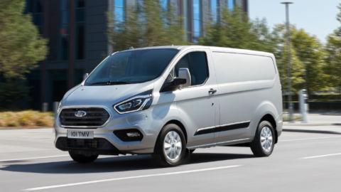 Ford Transit Custom Plug-in Hybrid, Driving