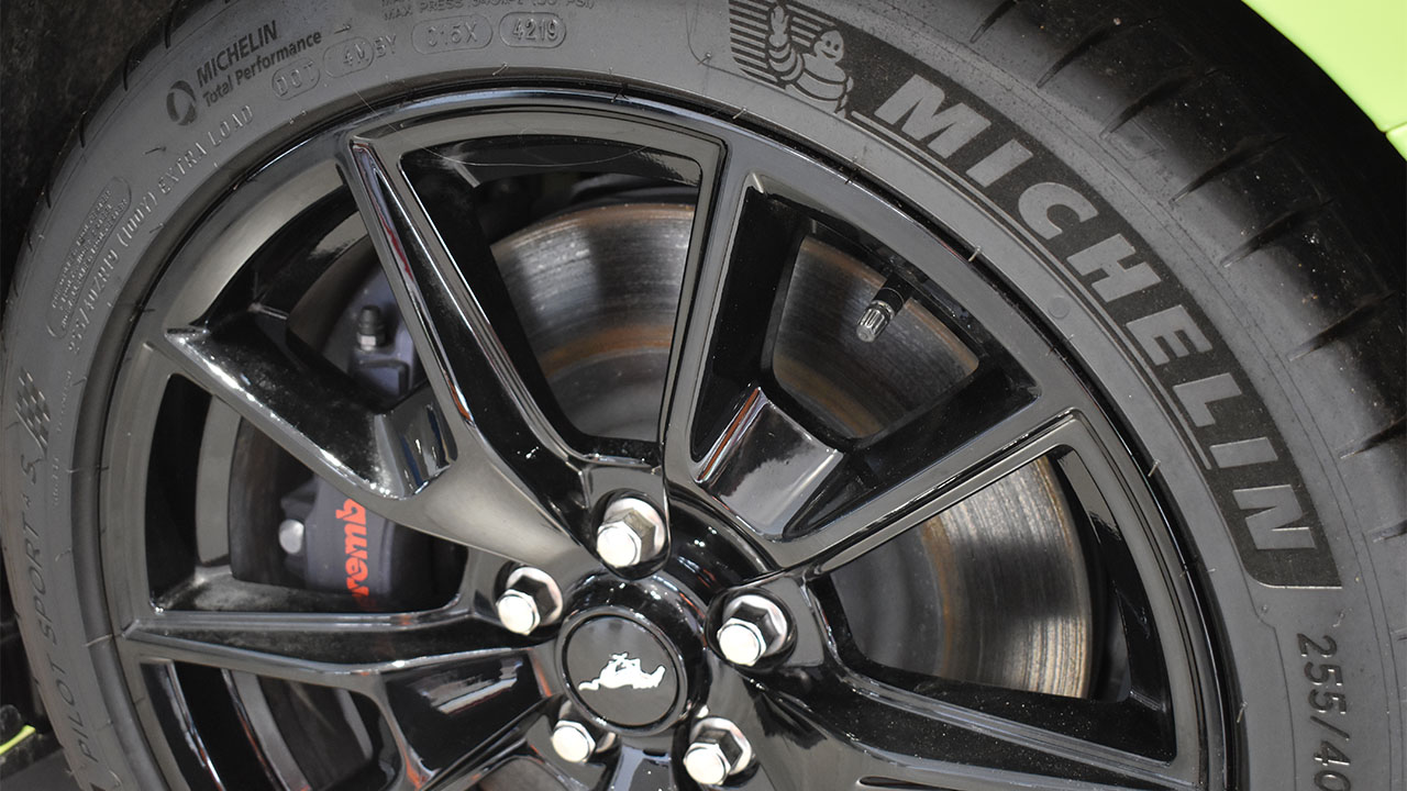 ford mustang alloy wheel, michelin tyre