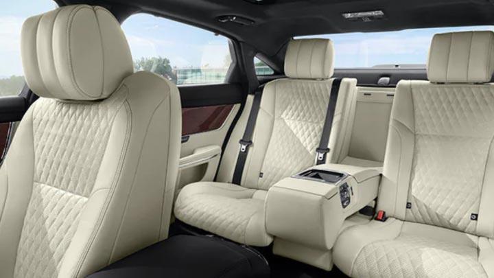 Jaguar XJ Seats