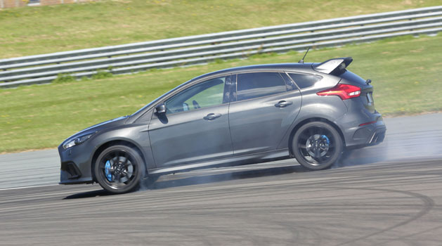 Grey Ford Focus RS Drift Mode