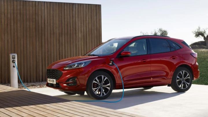red ford kuga charging
