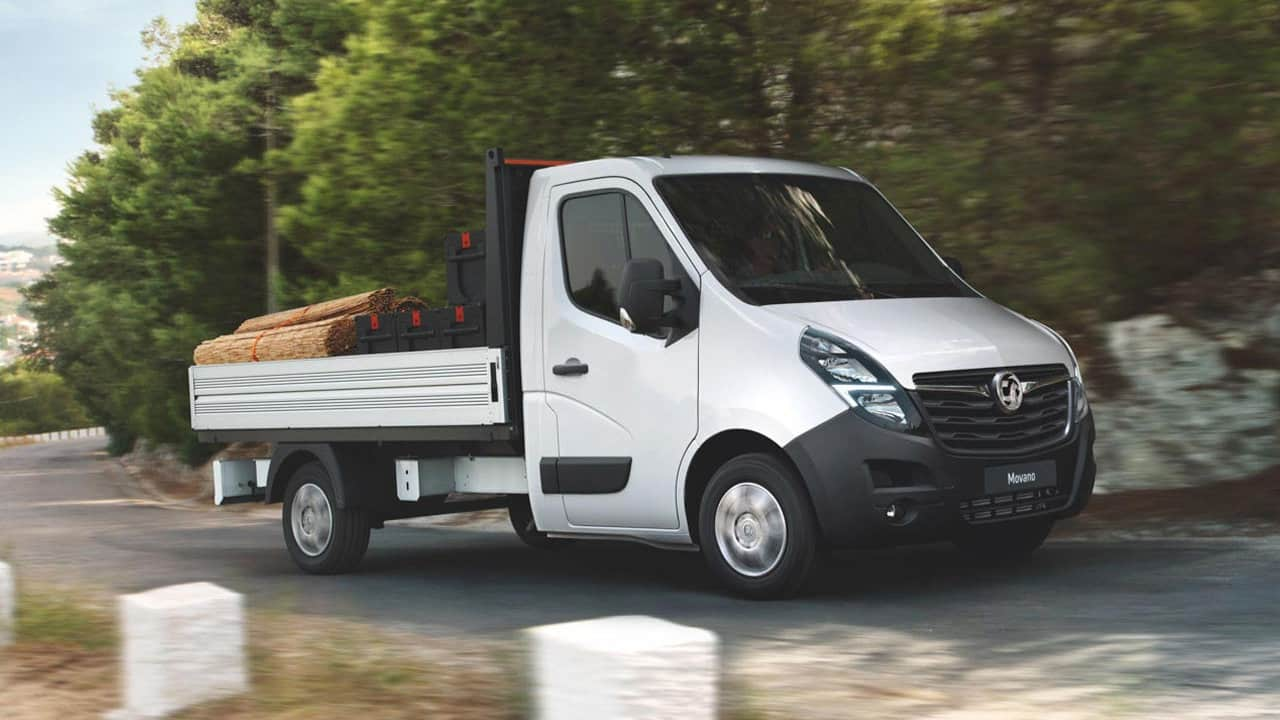 Vauxhall Movano Chassis Cab, Driving