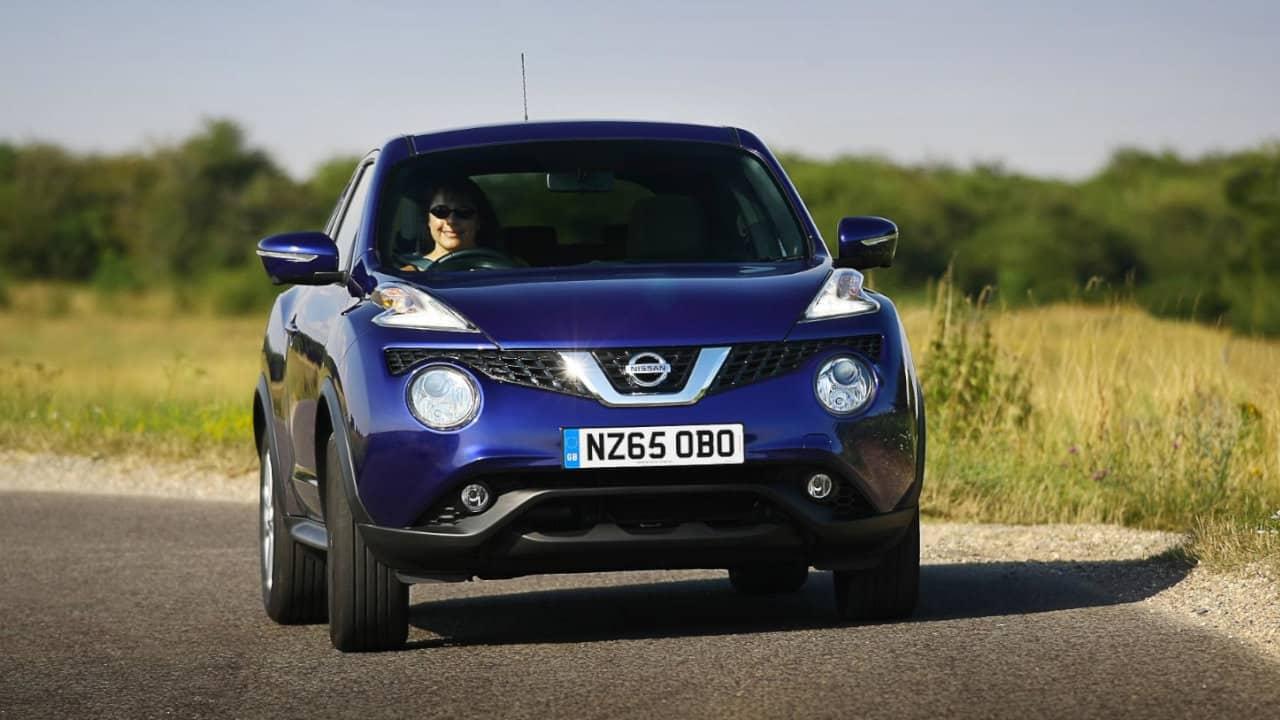 Nissan Juke Driving