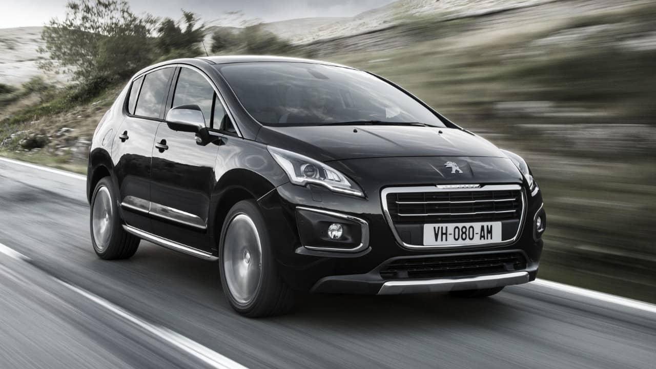 Peugeot 3008 MPV Driving