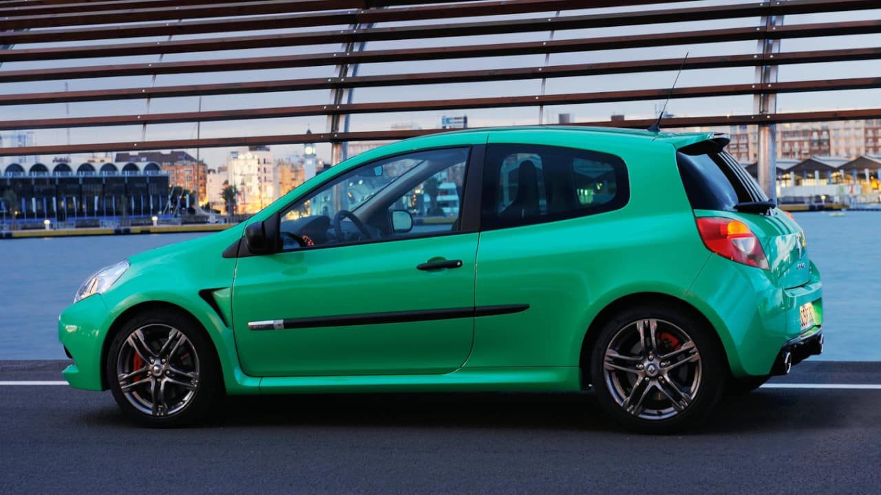 Green Renault Clio III Renault Sport Sideview