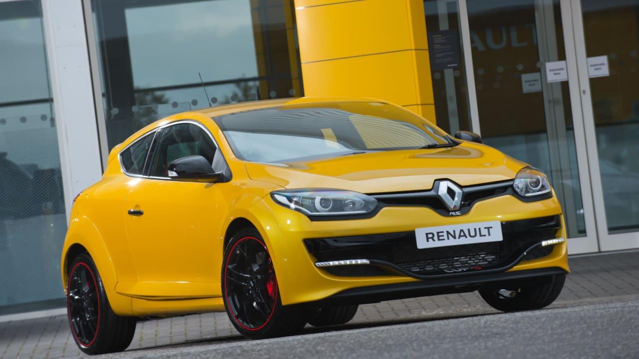 Yellow Renault Megane III Renault Sport Exterior