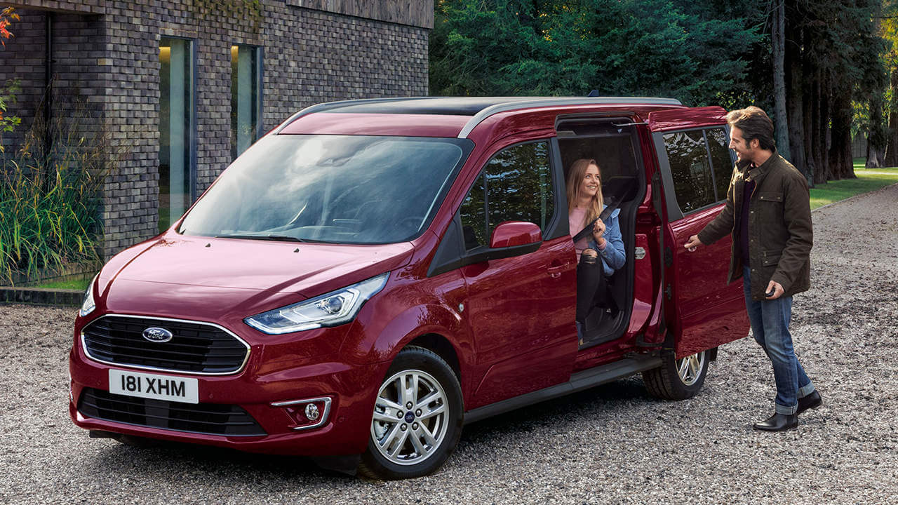 Ford Tourneo Connect: Sliding Doors Open