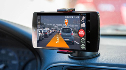 Smartphone acting as a dashcam
