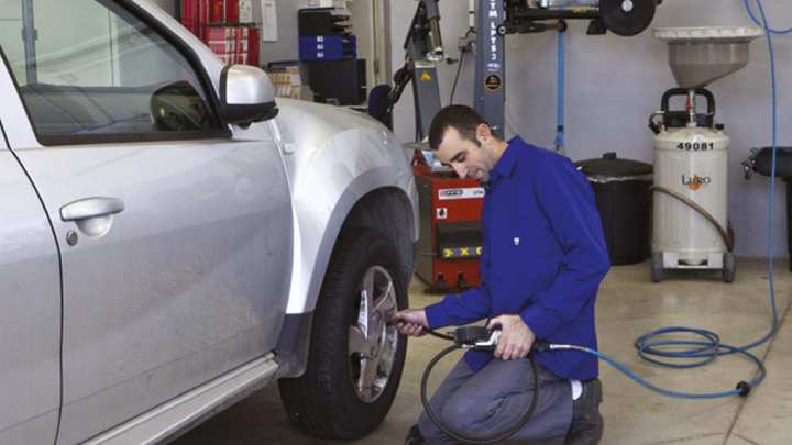 Dacia servicing