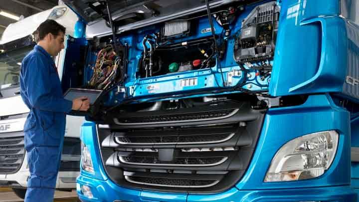 Truck service maintenance
