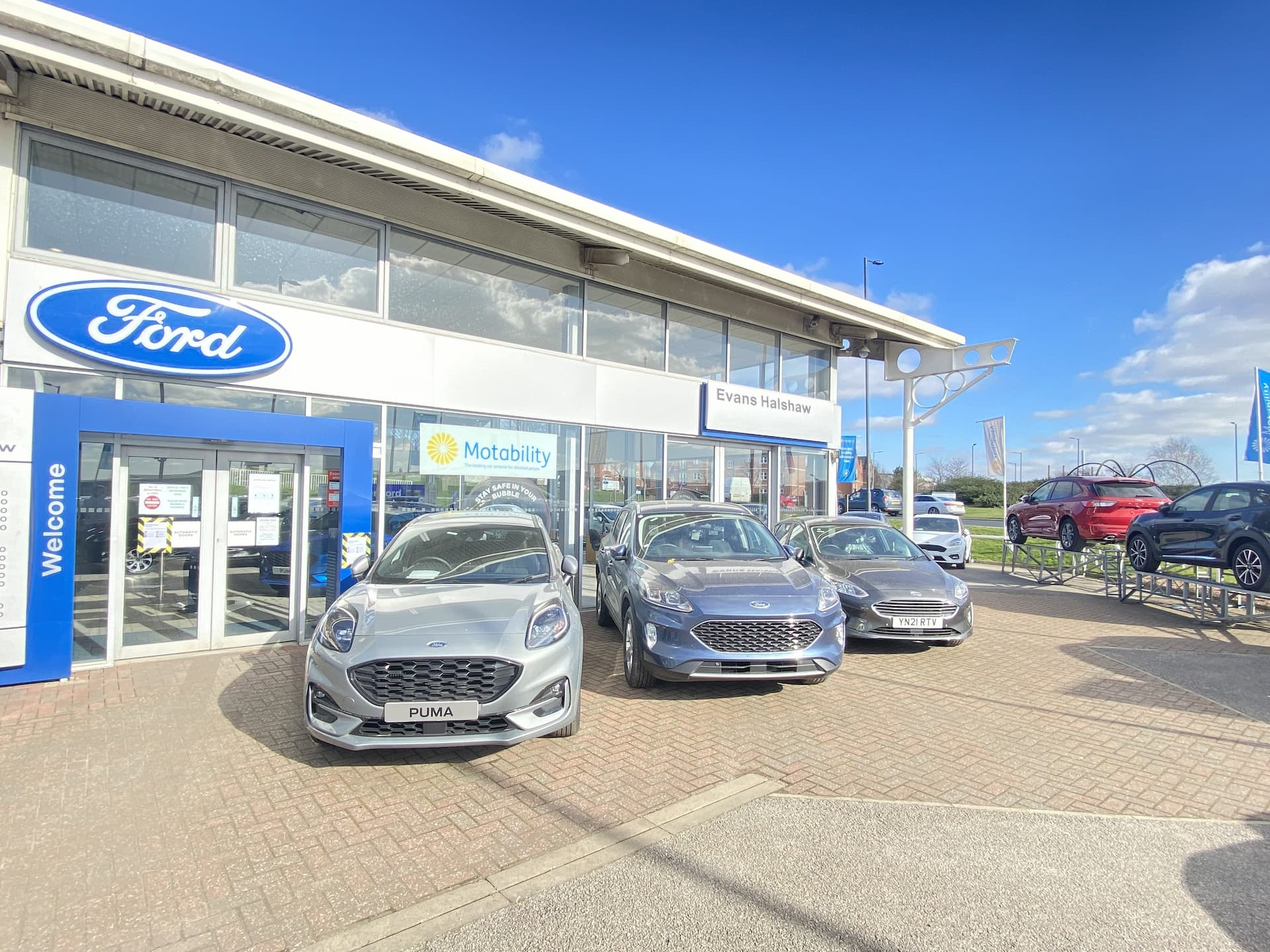 Front of the Ford Rotherham dealership