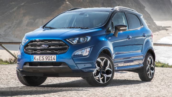 ford ecosport parked