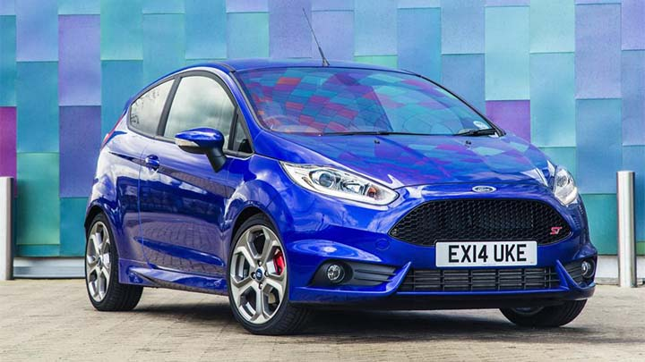 blue ford fiesta st, parked
