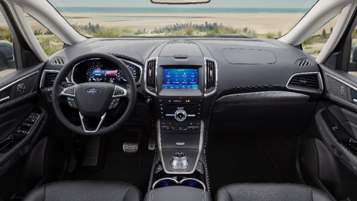 ford galaxy interior and dashboard
