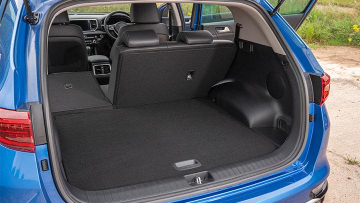 Blue Kia Sportage, boot
