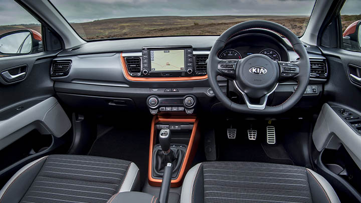 Grey Kia Stonic, interior
