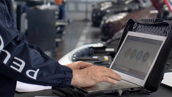 peugeot diagnostics being carried out