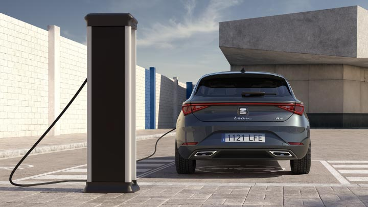 SEAT Leon e hybrid charging rear view