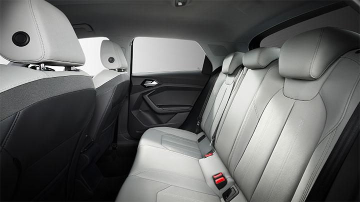 Audi A1, rear seats