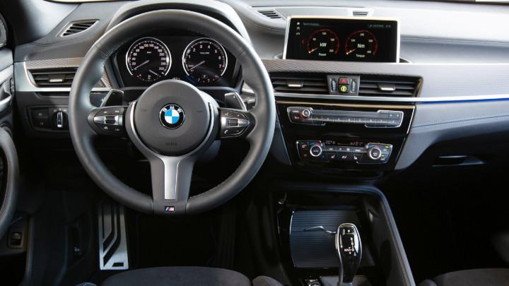 BMW X2 Cockpit