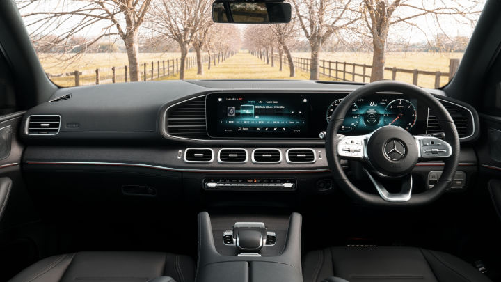 Used Mercedes-Benz GLE SUV Interior, Dashboard