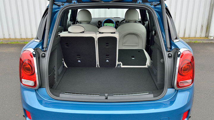 MINI Countryman, boot and rear seats