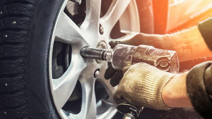 Vauxhall wheel removal