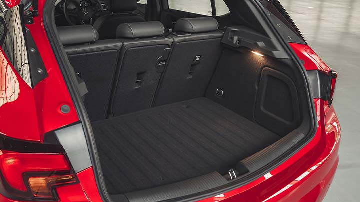 vauxhall astra boot